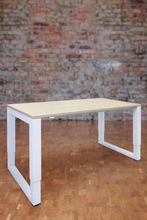 Višinsko nastavljiva miza O-leg
